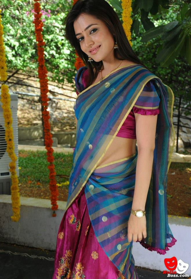 latest half saree