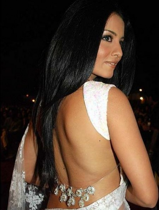Backless-saree-blouse