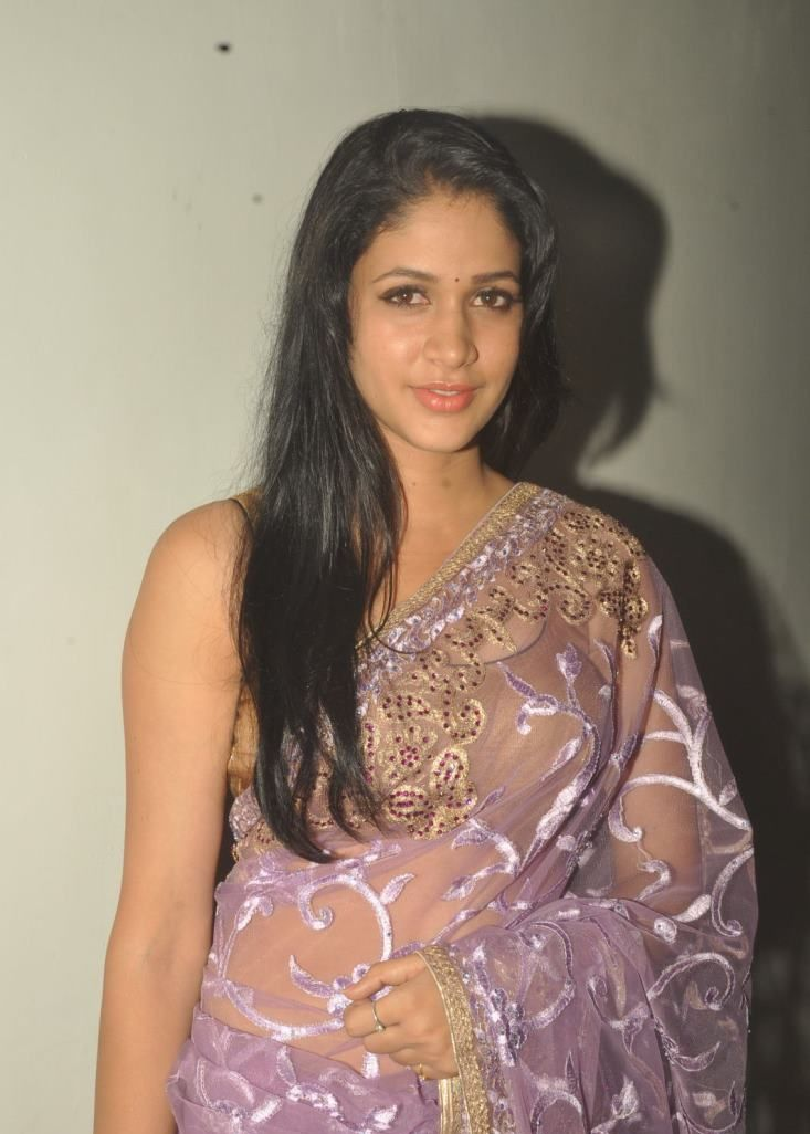 lavanya-in saree