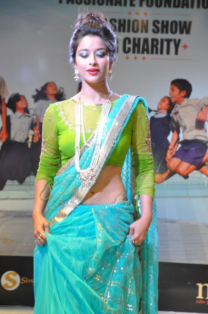 madhurima-ramp-walk-at-passionate-foundation-fashion-show