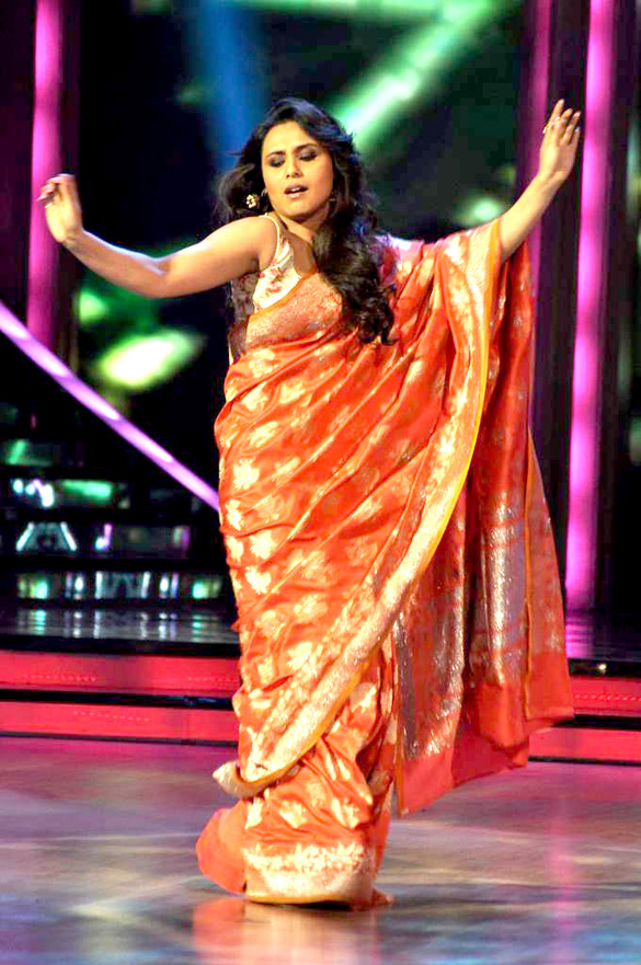 rani-mukherjee-in orange saree