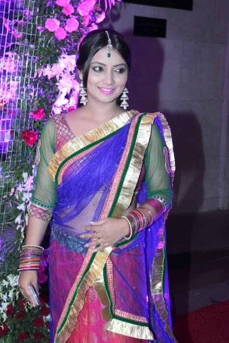 blue and pink half saree