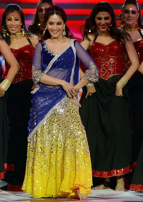 madhuri-at iffa awards