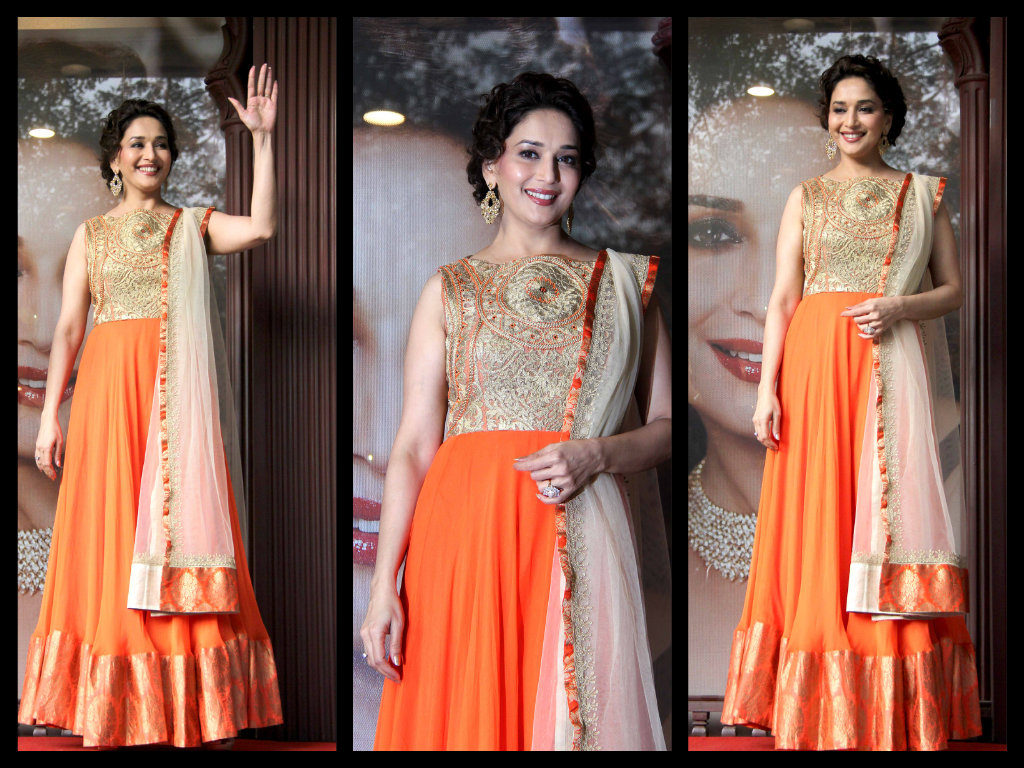 Madhuri-Dixit-in long  floor length anarkali
