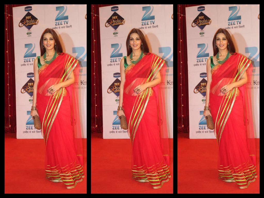 sonali bendre in designer  pink net saree blouse