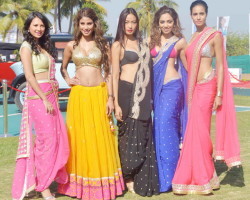 Models in sarees at Kingfisher Calender 2014 launch event