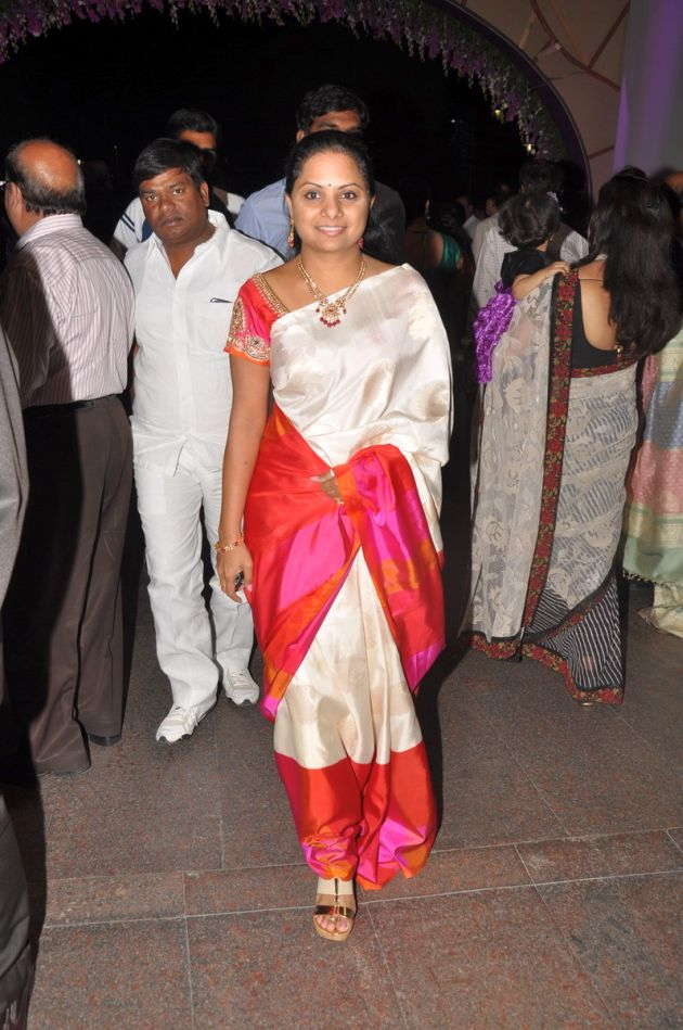 kavitha in traditional silk saree