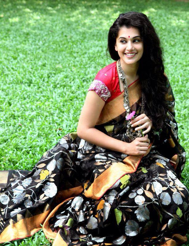 tapsee in black silk saree