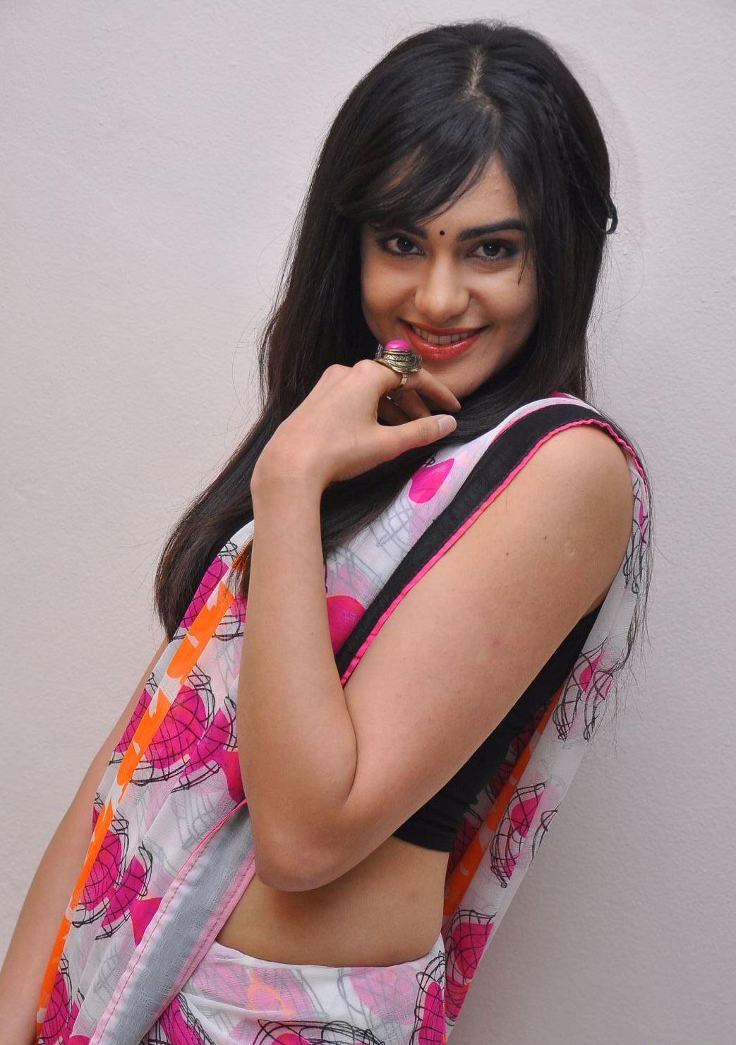 Adah Sharma saree blouse