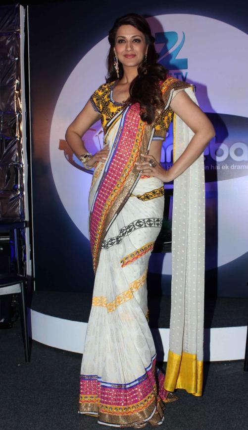 sonali bendre in white saree