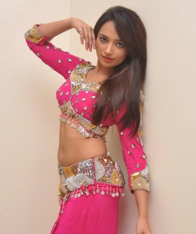 ziya in full sleeves saree blouse design