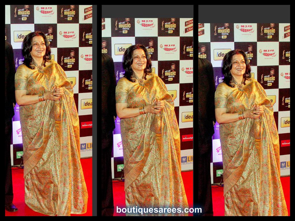 Moushumi Chatterjee in printed silk saree
