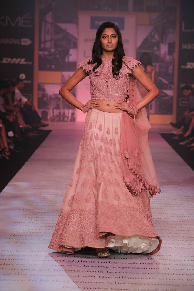 SHANTANU AND NIKHIL lehenga choli