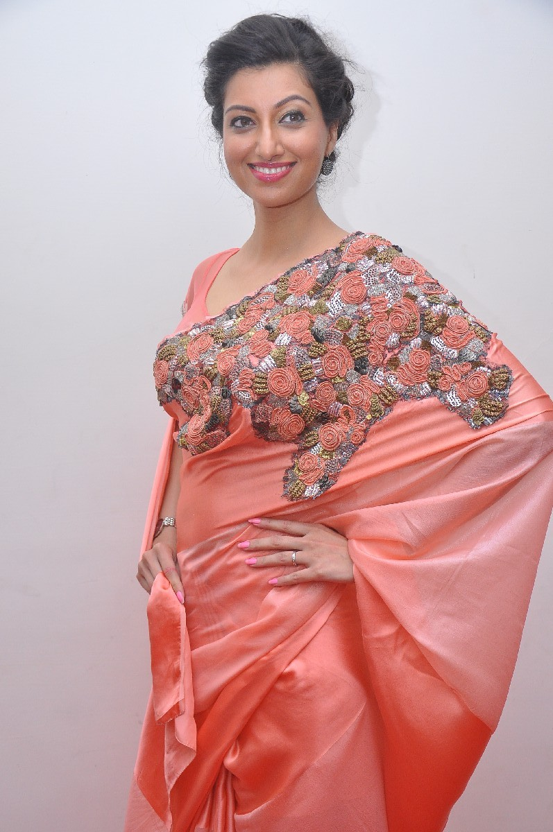 Actress Hamsa Nandini Hot Photos