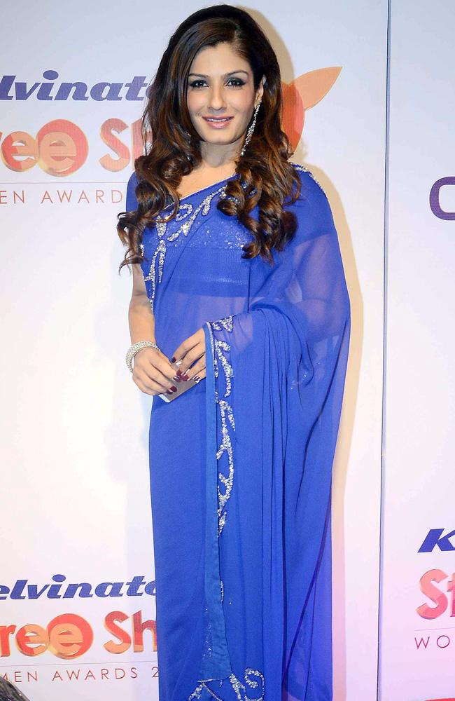 raveena-tondon_in blue saree