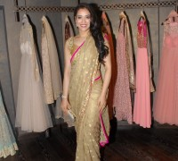 rashmi nigam in designer saree