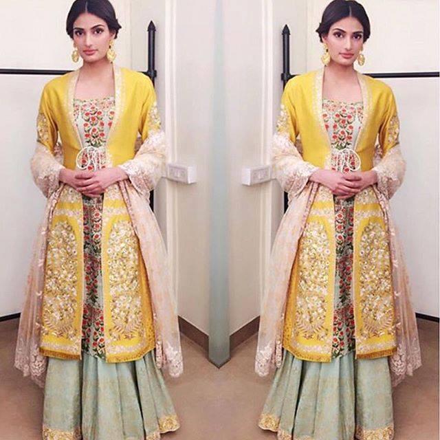 athiya shetty in anju modi