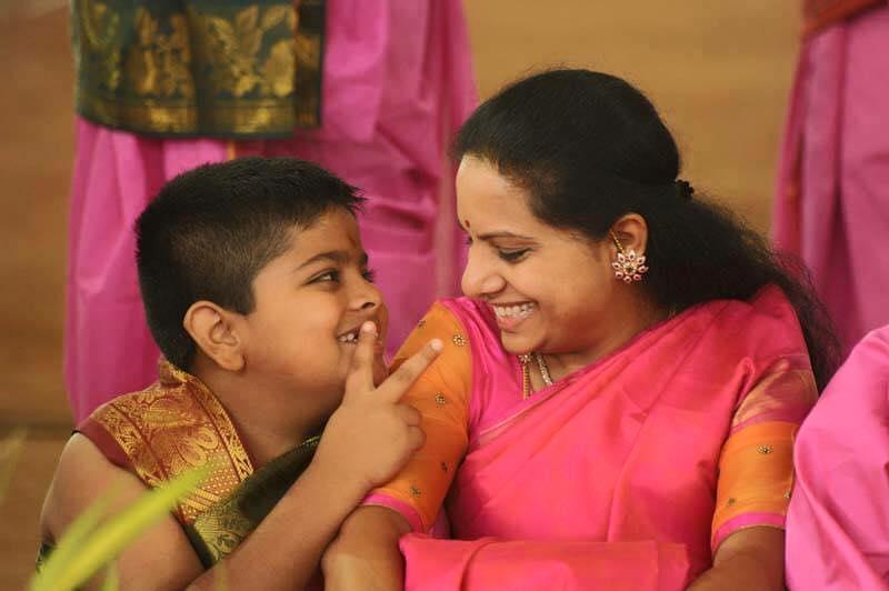 kavitha in pink saree