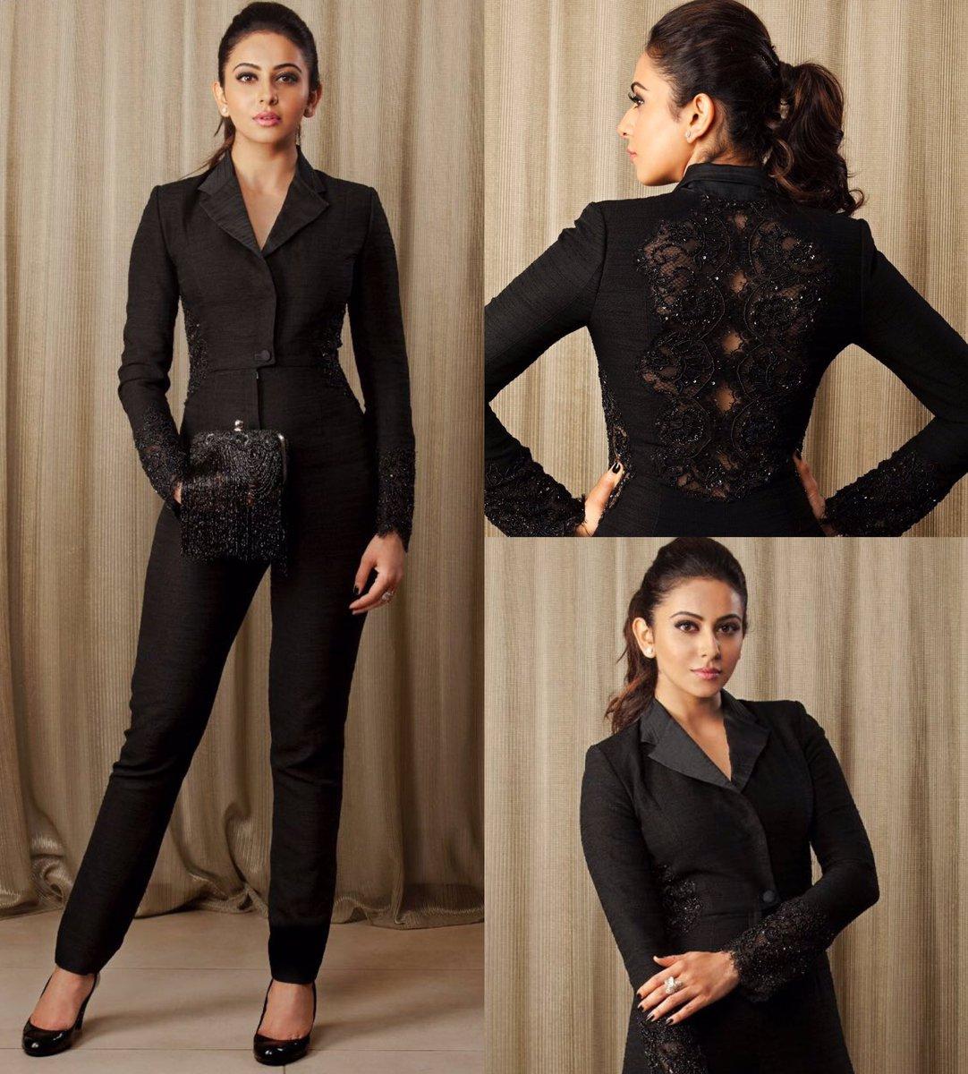 rakul in black pant dress