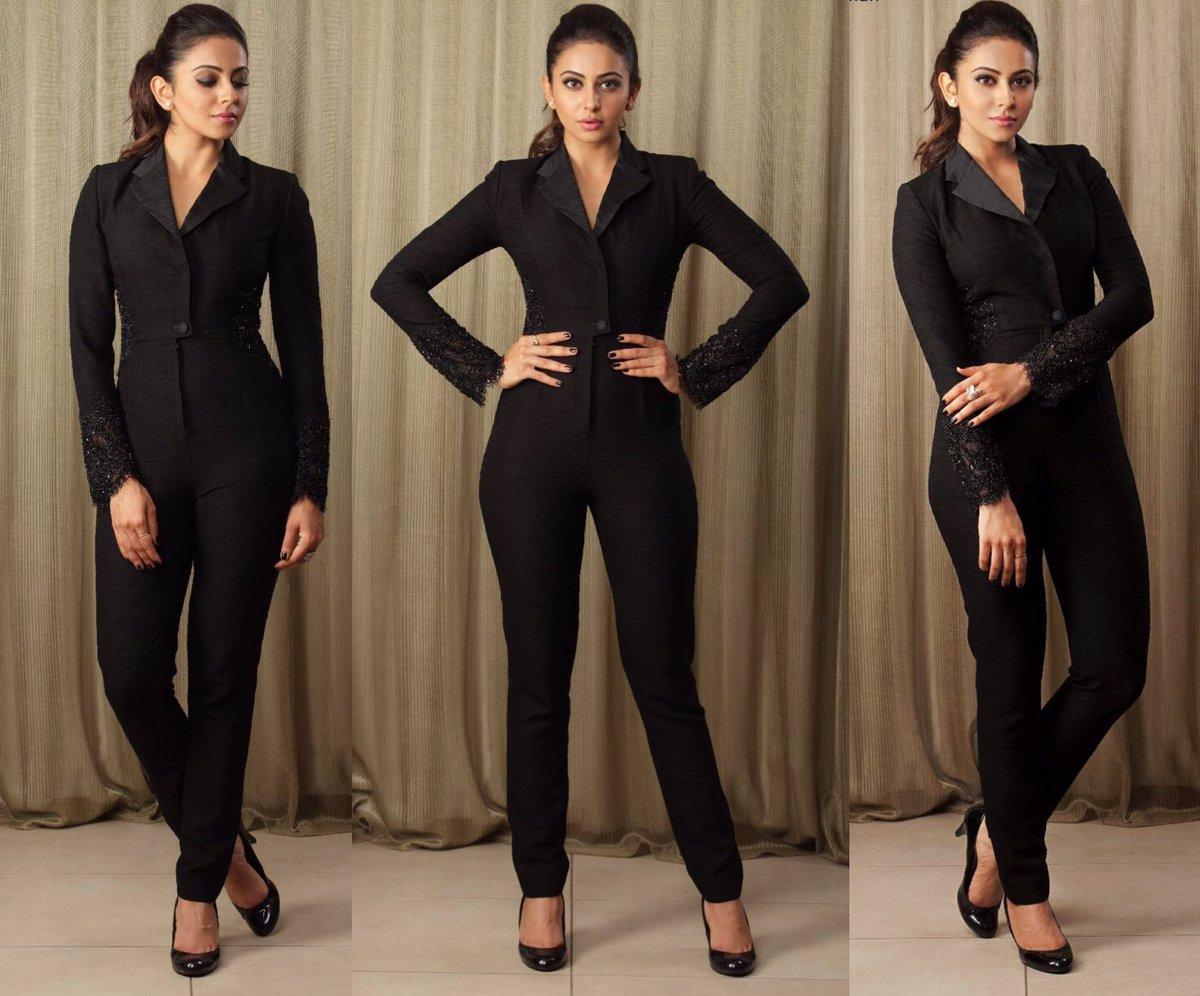 rakul in black pant suit